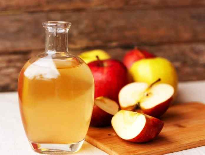 lose weight naturally with Apple Cider Vinege