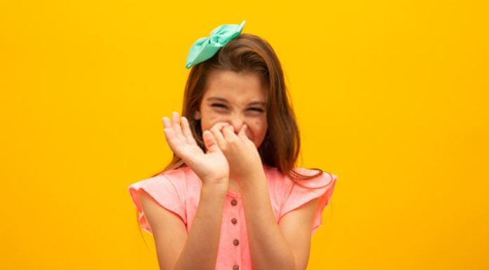 a girl smelling fart
