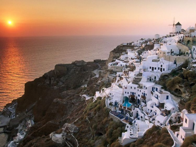 4-santorini-greece