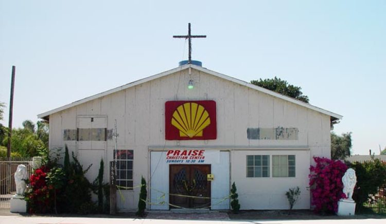 5-shell-church-huntington-beach-ca-usa