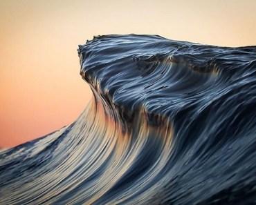 Breathtaking Wave Photos By Lloyd Meudell