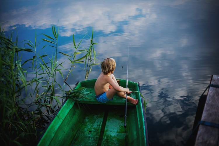 Kid go fishing
