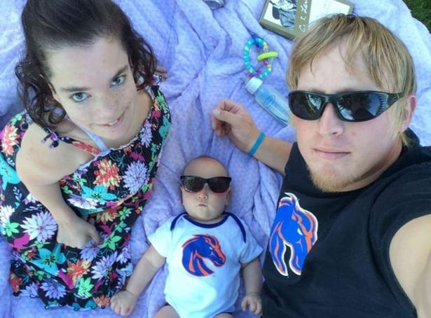 """2' 10"""" Mother Took Up The Challenge Of Having A Baby Despite Doctors' Warnings"""