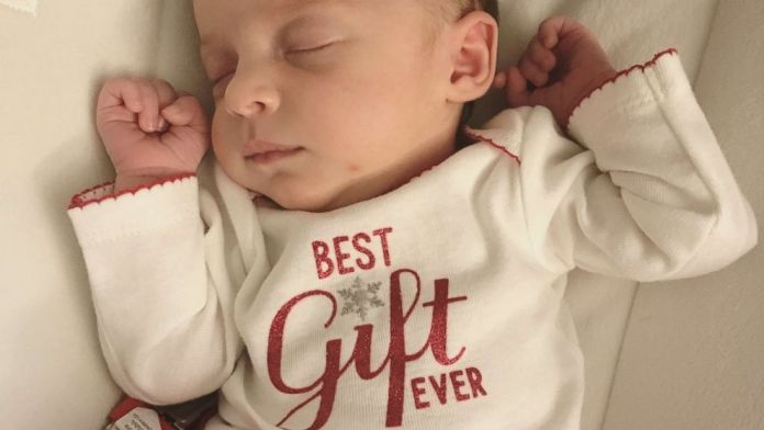 Girl Is Born in Tennessee From Embryo Frozen for 27 Years