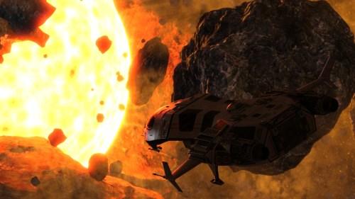 Космический корабль пролетает между астероидами на фоне желтой звезды