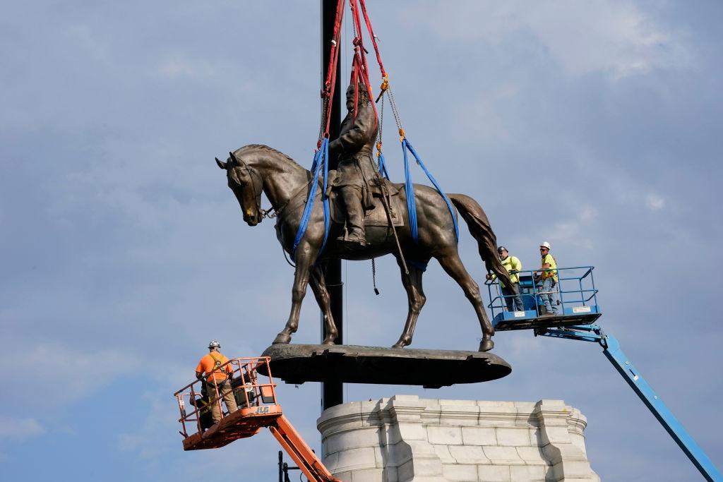Robert E Lee Statue Removal