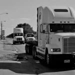 https://pixabay.com/en/trailer-truck-engine-grill-trailer-2825248/