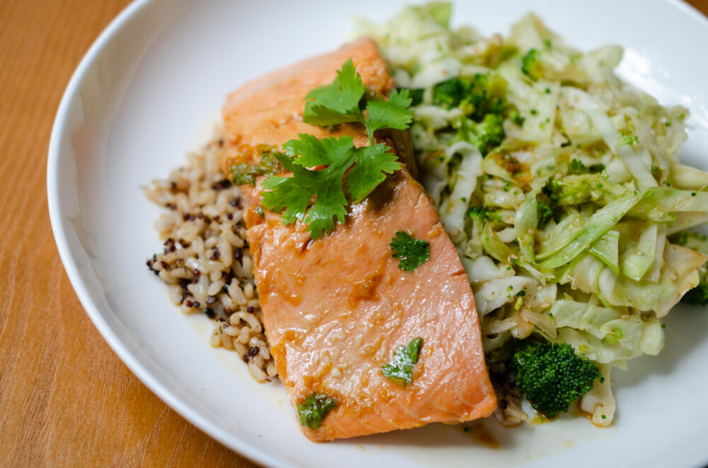 Read more about the article Seven Minute Salmon: Eating for Breast Health