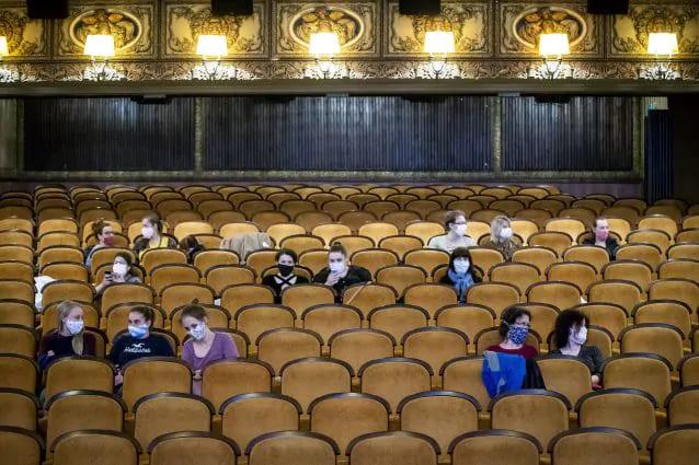 Cinema e Covid: l'Alto Adige non si ferma