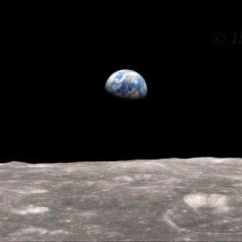 Earthrise – with season's greetings!