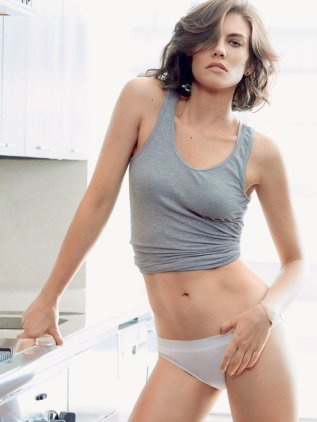 Lauren-Cohan-Sexy-VIRILEMAG2