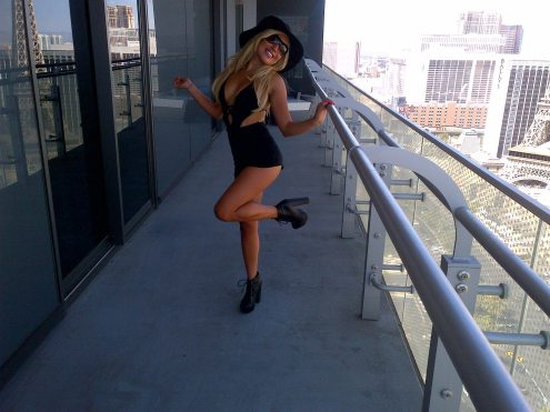 Vanessa-Goodmason-VIRILE-magazine-5