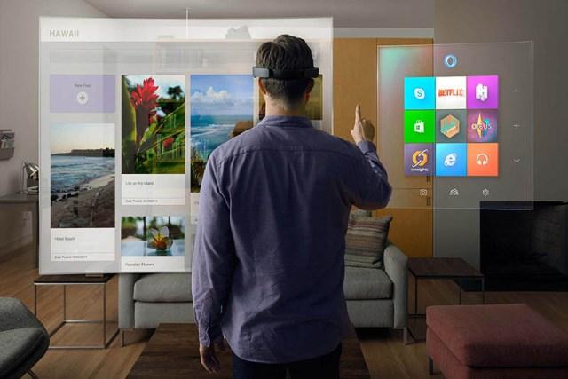 Как выглядит работа с очками Microsoft Hololens в презентациях