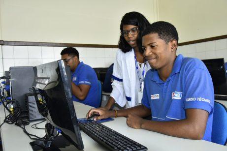 Estudantes da Educação Profissional e Tecnologia do Colégio Estadual Luiz Tarquínio participam do Curso EPTEC Foto - Claudionor Jr
