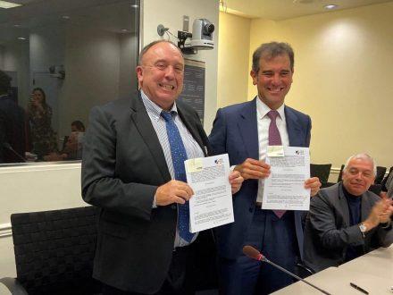 Firma del plan de acción 2019 entre el Instituto Nacional Electoral de México y Virtual Educa para la celebración del Foro Global 'Democracia y Ciudadanía 2030'