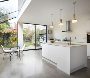 burrows-road-house-extension-rise-design-studio-glass-london-uk_dezeen_936_4