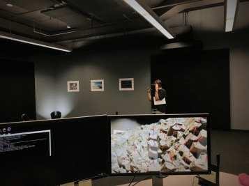 Undergraduate Hammy Sorkin measures columnar basalts using HoloLens