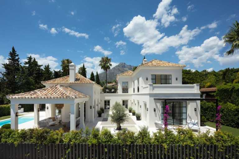 wA nfNBw Large 1 Virtualport3d luxury Properties in Marbella and Costa del Sol