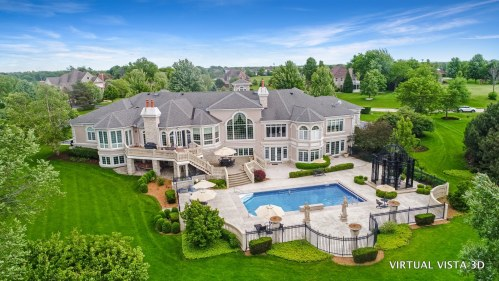Real Estate Photography, Drone of Exterior of Mansion