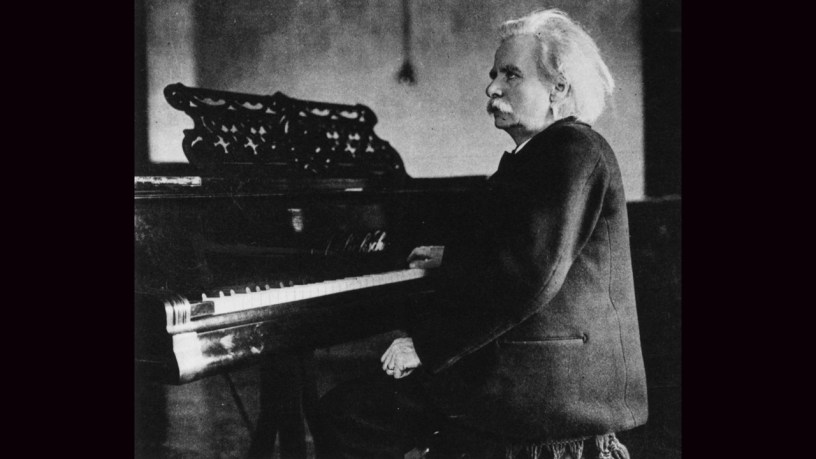 [1903] Edvard Grieg plays – Piano Sonata in E minor 4th Movement (Op.7) – Grieg