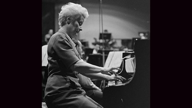 [1931] Jeanne-Marie Darré plays – Toccata (Op.111) – Saint-Saëns
