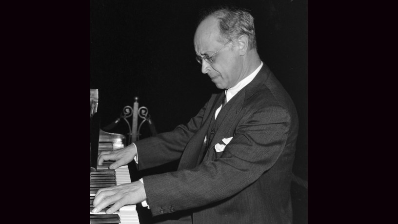 [1941] Rudolf Serkin plays – Piano Sonata No.14 (Op.27-2) – Beethoven