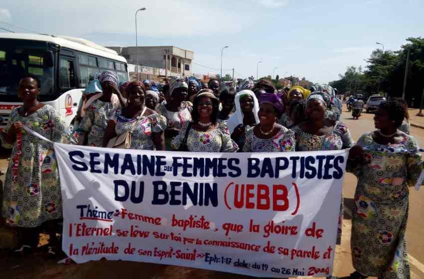Fête des mères  et  activités chrétiennes des femmes baptistes: Les femmes de la région de l'Ouémé en mode caravane  pour la paix au Bénin