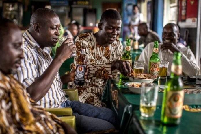 Ghana/Contre la COVID-19 : les ivrognes font des propositions au Pouvoir