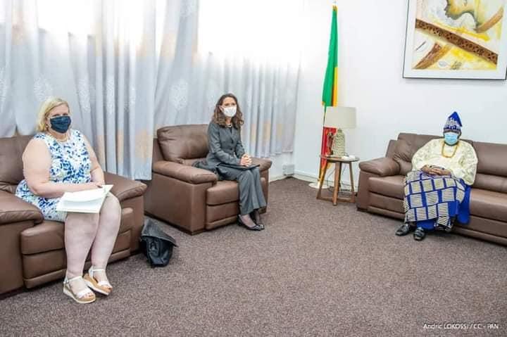 Palais des Gouverneurs: Le Président Vlavonou reçoit une délégation de parlementaires nigériens et l'Ambassadeur des USA près le Benin