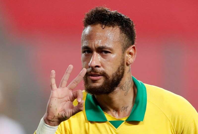 Neymar voit triple, l'Argentine s'impose sur le fil