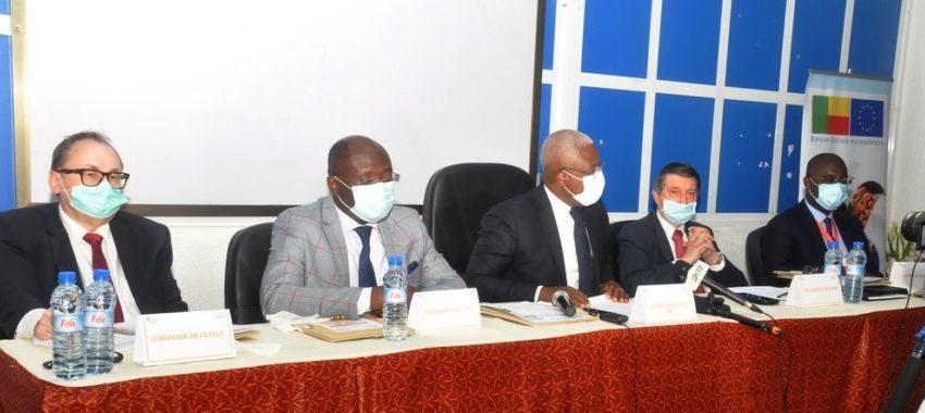 Grand-Popo – 2e édition du Séminaire sur la justice commerciale: Le recouvrement des créances en examen