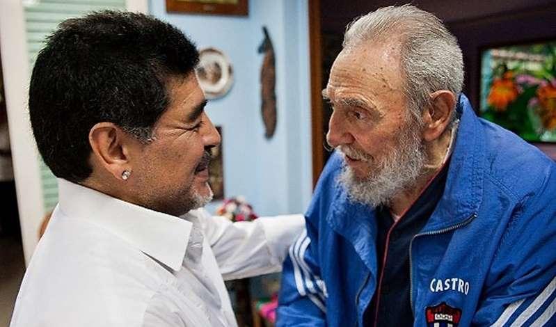 """Le fils de Fidel Castro révèle l'existence d'une maison """"pleine de trésors"""" appartenant à Maradona à Cuba"""