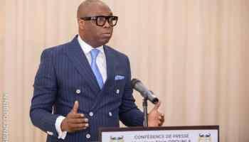 Alain OROUNLA, le Ministre de la Communication et de la Poste, Porte-parole du Gouvernement,