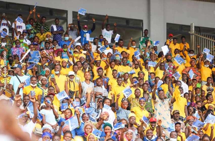 Meeting du Candidat Talon au Stade Charles de Gaulle de Porto-Novo : La symphonie pour un K.O inédit grâce à la Coordination départementale UP-Ouémé