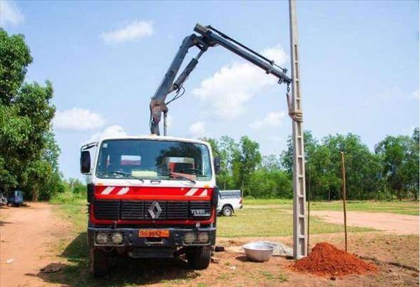 Bénin : Des Petites et moyennes entreprises et industries connectées gratuitement au réseau électrique