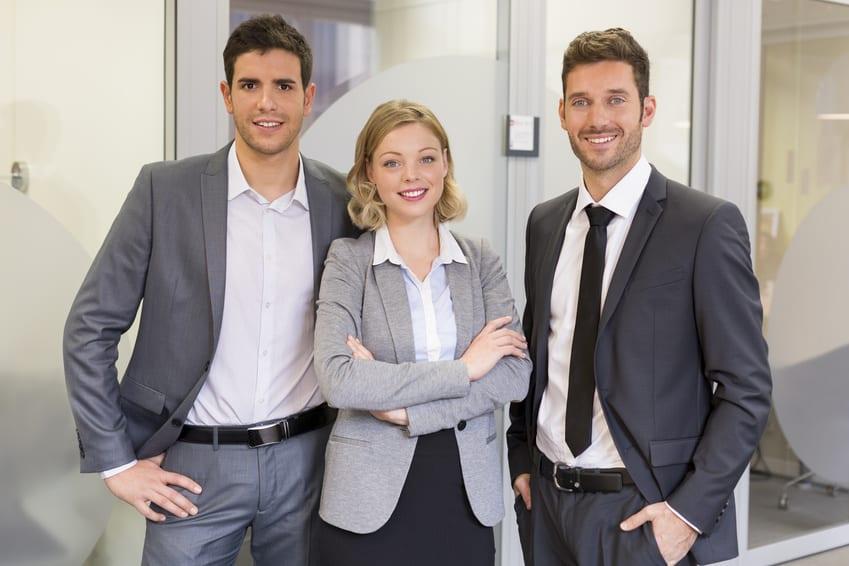 Registered migration agent/lawyer