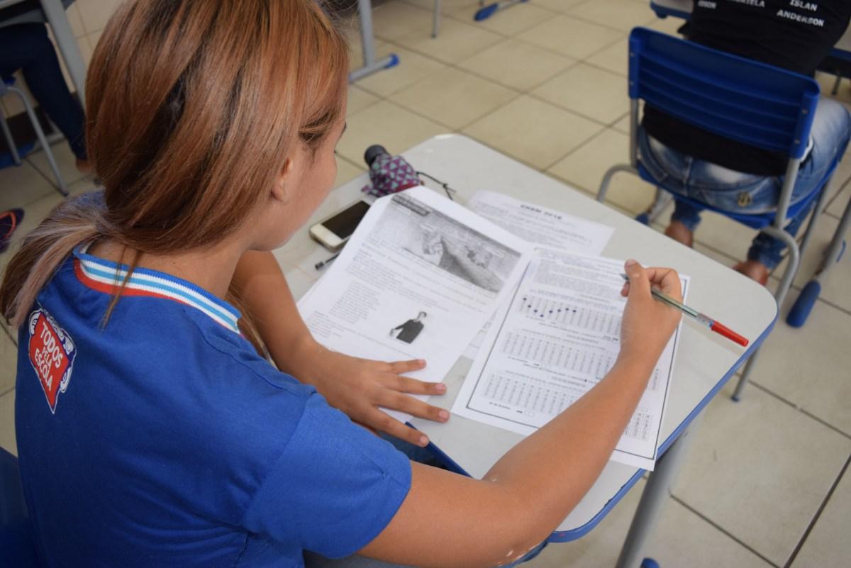 Boletim online disponibiliza notas e frequências dos estudantes da rede estadual