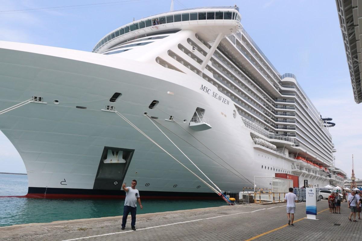 Navio de cruzeiro MSC Seaview tem receptivo especial em primeira escala na Bahia