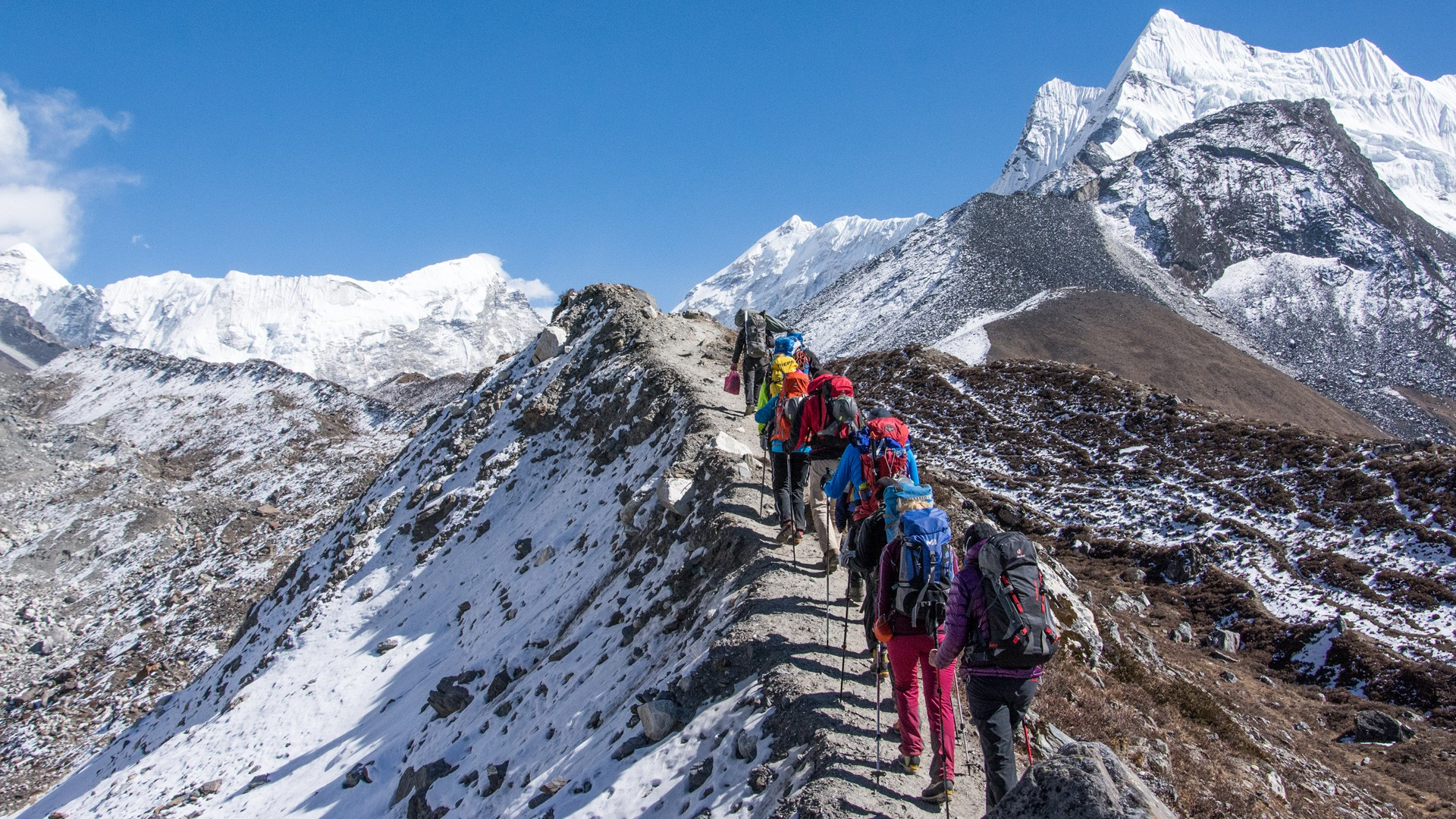 """""""Now, foreigners willing to come to Nepal for mountaineering and trekking, can get tourist visas from our embassies abroad,"""" Kamal Prasad Bhattarai, spokesperson at the tourism ministry told Xinhua on Tuesday."""
