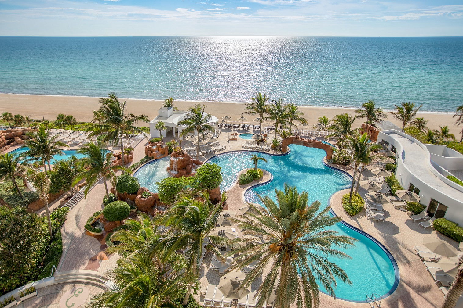 The iconic Trump International Beach Resort Miami, located on famed Sunny Isles Beach, has announced its 2020 Black Friday Sale.