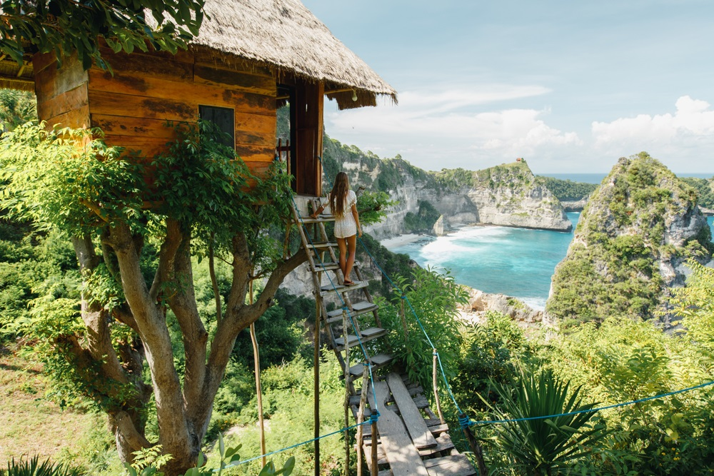 """Tripadvisor releases new report, """"The Year of the Travel Rebound: 5 Traveler Trends to Watch Out for in 2021."""""""