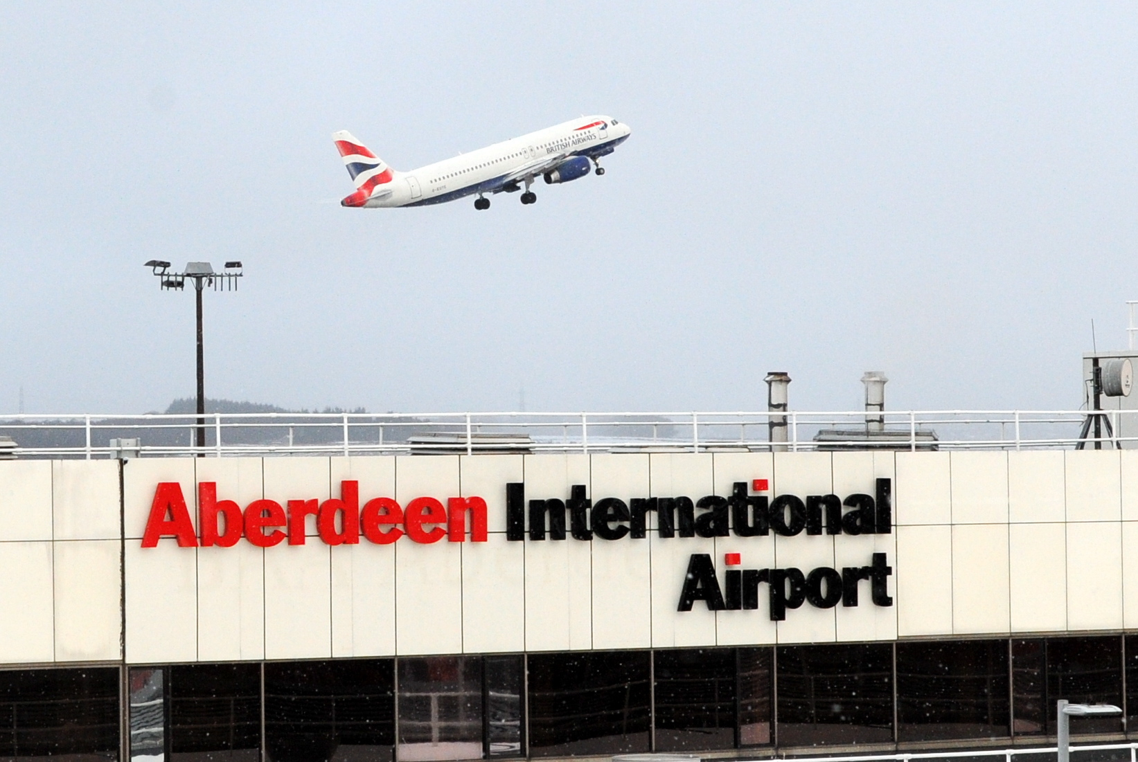 New rapid COVID-19 testing facilities have been introduced at Aberdeen International and Glasgow airports.