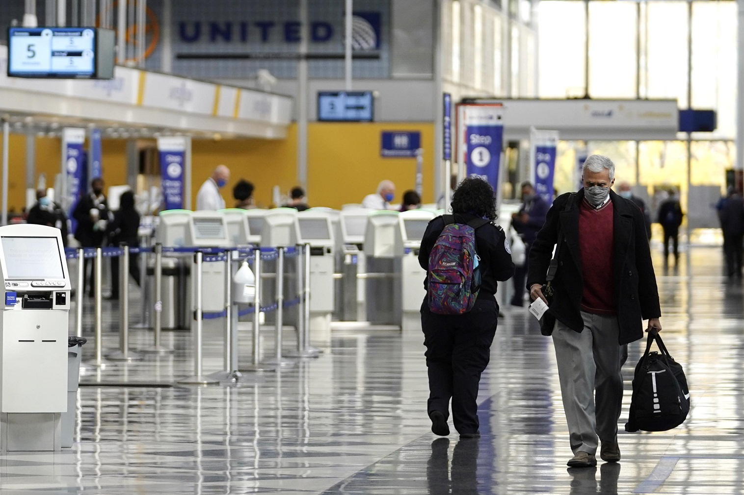 As vaccination rates inch upward , Americans are beginning to travel again.