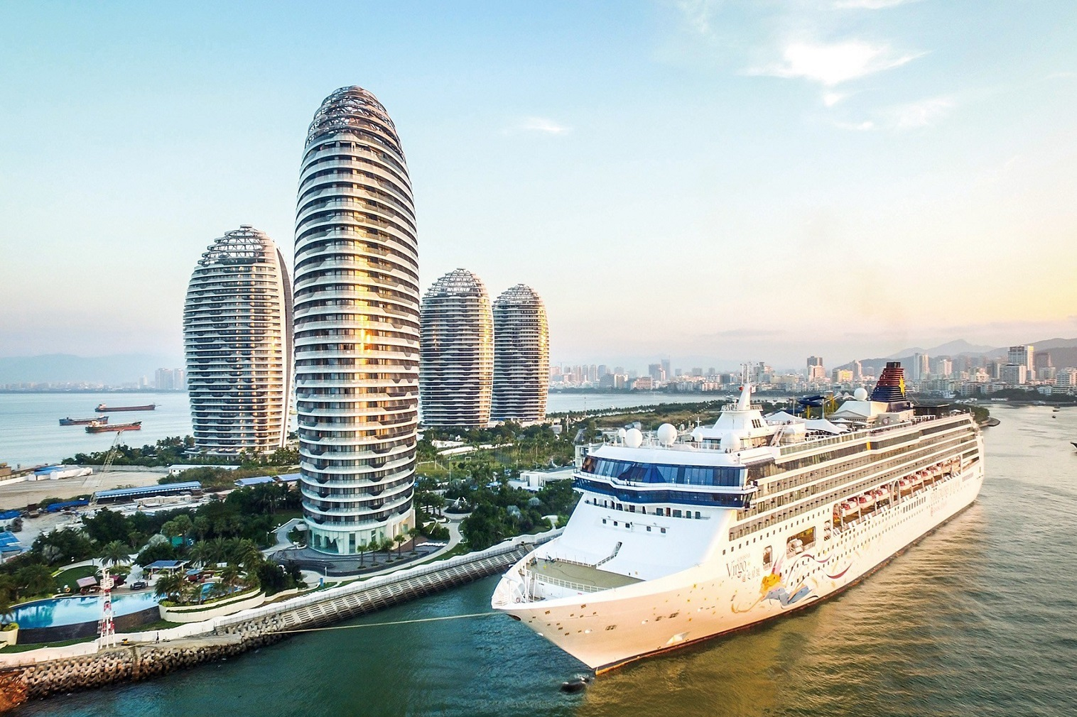 Sanya, the popular resort city located on the southern tip of Hainan Island, is emerging as the hottest international tourism destination of 2021 with boundless new opportunities for work, travel and play.