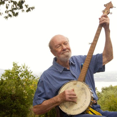 Pete Seeger at his home in Beacon NY9.14.2005