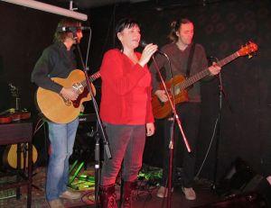 Liv Kreken med trio på scenen