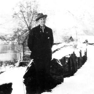 Dikteren Sverre Telstø