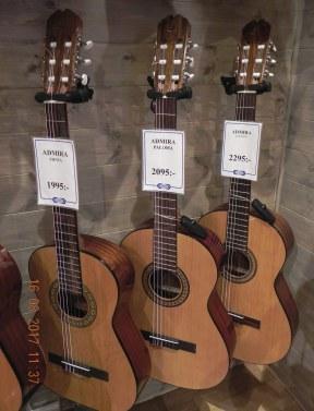 Admira-gitarr
