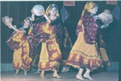 Dancing in Jinja