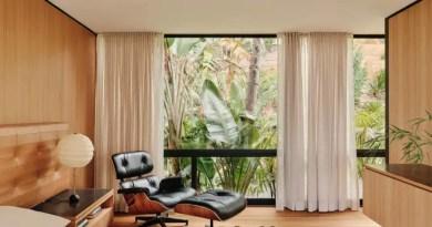 10 interiores com decoracao moderna do meio do seculo casacombr dezeen 6 Vision Art NEWS